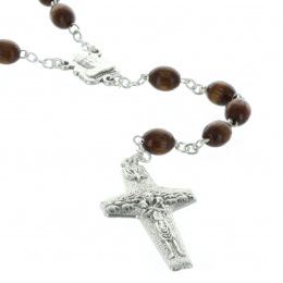 Wood rosary, Pope Francis and Vatican