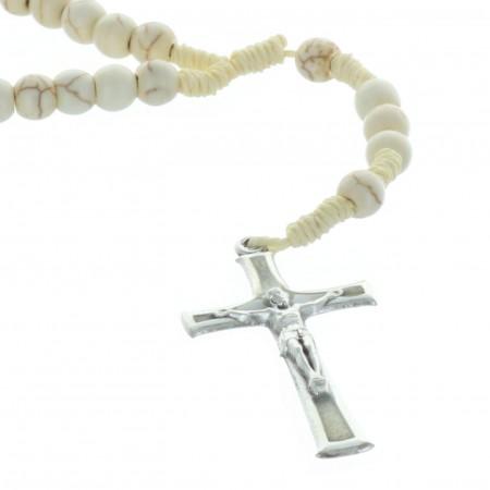 Chapelet corde grains pierres véritables et paters en forme de croix