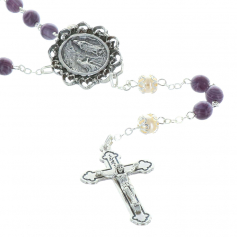 Chapelet eau de Lourdes grains verre et coeur Apparition de Lourdes