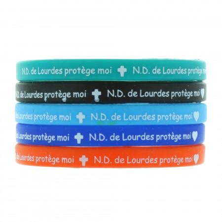 """Lot de 5 bracelets fantaisie """"Notre Dame de Lourdes protége moi"""" colorés en silicone multilingue"""