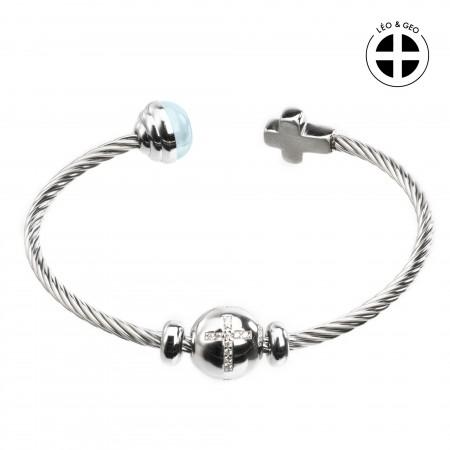 Bracelet jonc en acier Léo&Geo avec un charm décoré d'une croix brillante