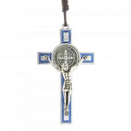 Crucifix de Saint Benoît en métal coloré avec un cordon et un livret