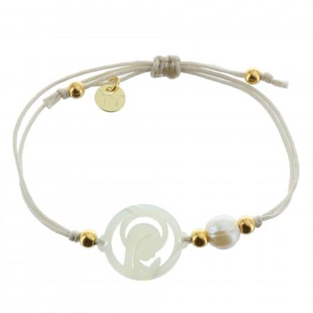 Bracelet de Communion avec un pendentif de la Vierge en Nacre