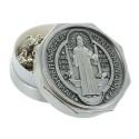 Chapelet de Saint Benoit en métal avec une boîte