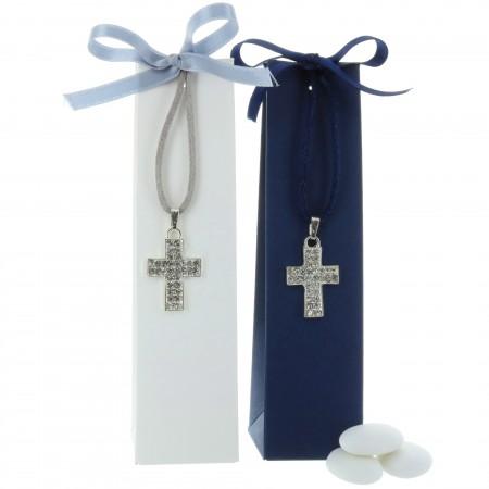 Boîte dragées pour Communion avec un collier pendentif croix
