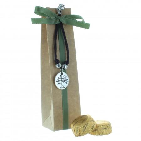 Boîte de Communion avec un bracelet Arbre de Vie et chocolats