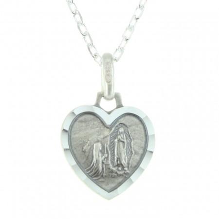 Parure en Argent avec un pendentif coeur de Lourdes sur une chaîne de 45cm