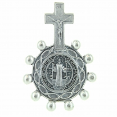 Dizainier de Saint Benoît en métal